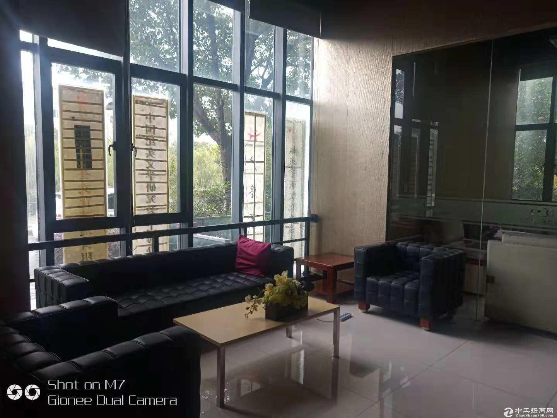 (出租) 康桥地铁边285平精装办公室2元出租送阳台
