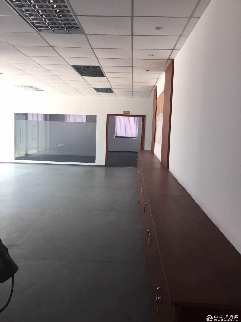 金山工业区独栋三层4545平绿证104板块可生产加工型厂房诚售