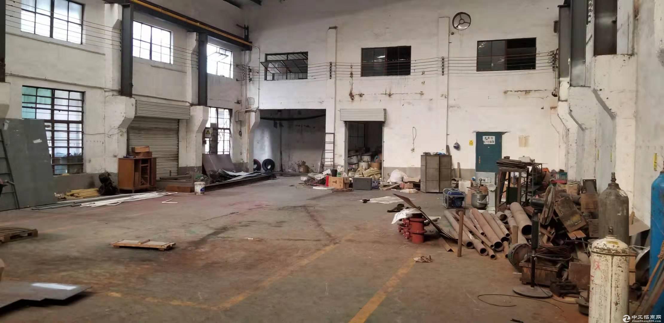 一楼1500平仓库厂房出租可注册可做贸易研发进出方便