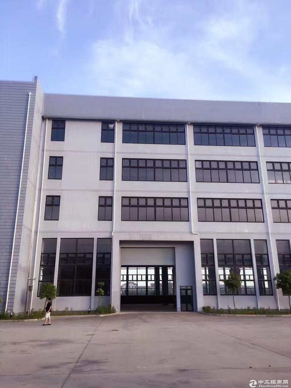 (出租) 合庆工业园区一楼690平米标准厂房层高6米可分割