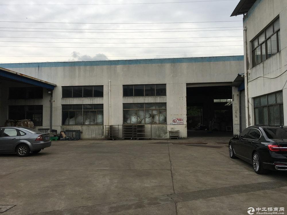 出租苏州吴中区横泾1400平独立厂房