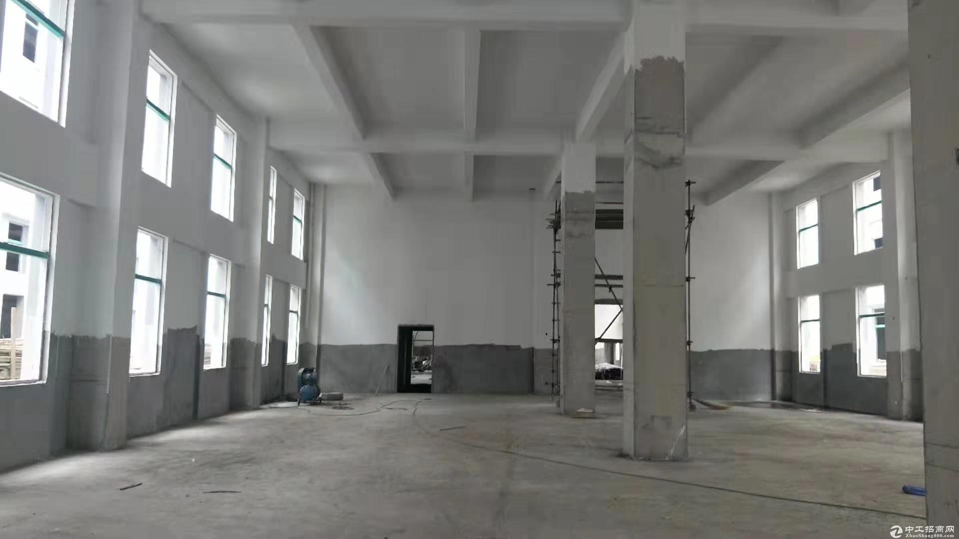 预租2000平一二层全新厂房 首层挑高7米2 明年交房