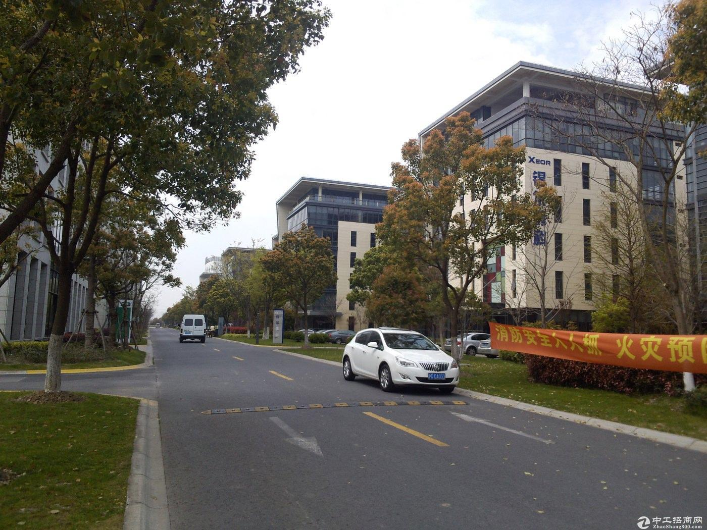 嘉定南翔企业公馆独栋四层绿证104板块可研发办公别墅类厂房售