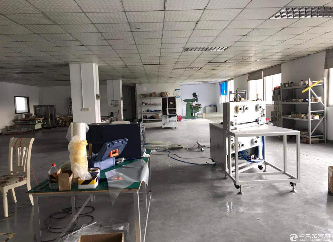 小榄绩西350方标准厂房仓库出租,方正整洁,面积实用