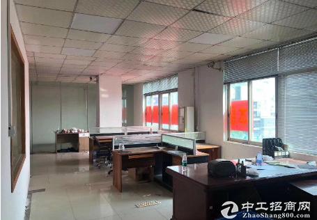 茶山新出楼上600平方厂房带独立办公室价格便宜