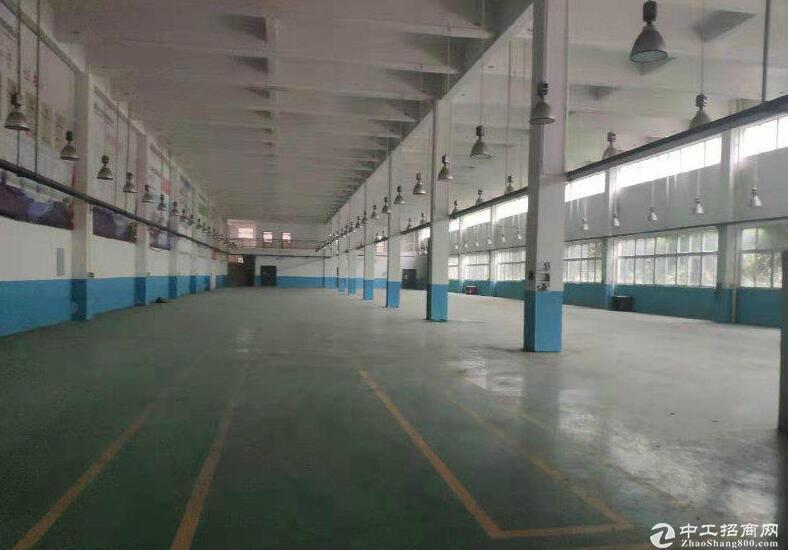 出租一楼标准行车厂房2000平米