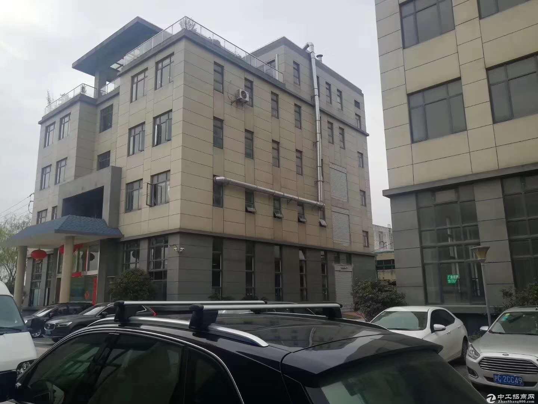 出售) 金山朱泾工业区独栋4500元平方三层绿证50出售