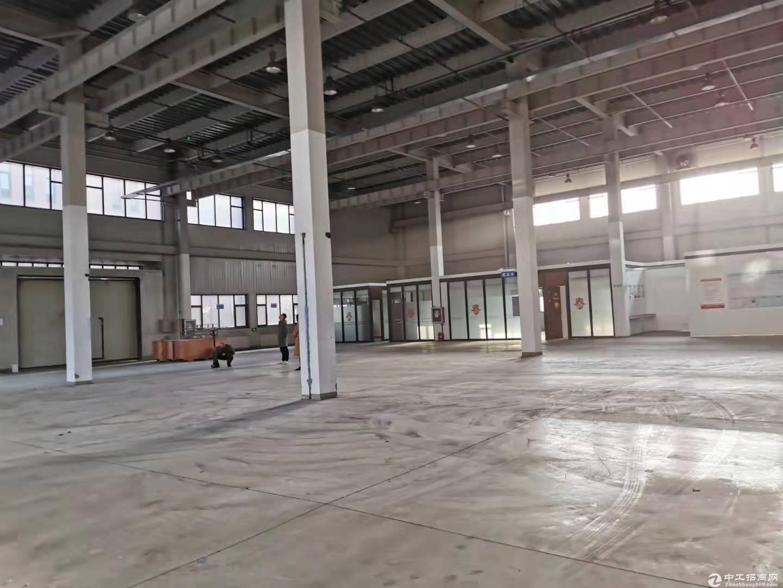 亦庄开发区独立一层无地下2100平米挑高10米出租