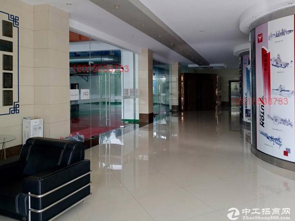 JS1990石化底楼1500平适展厅4S店环氧地坪有行车!