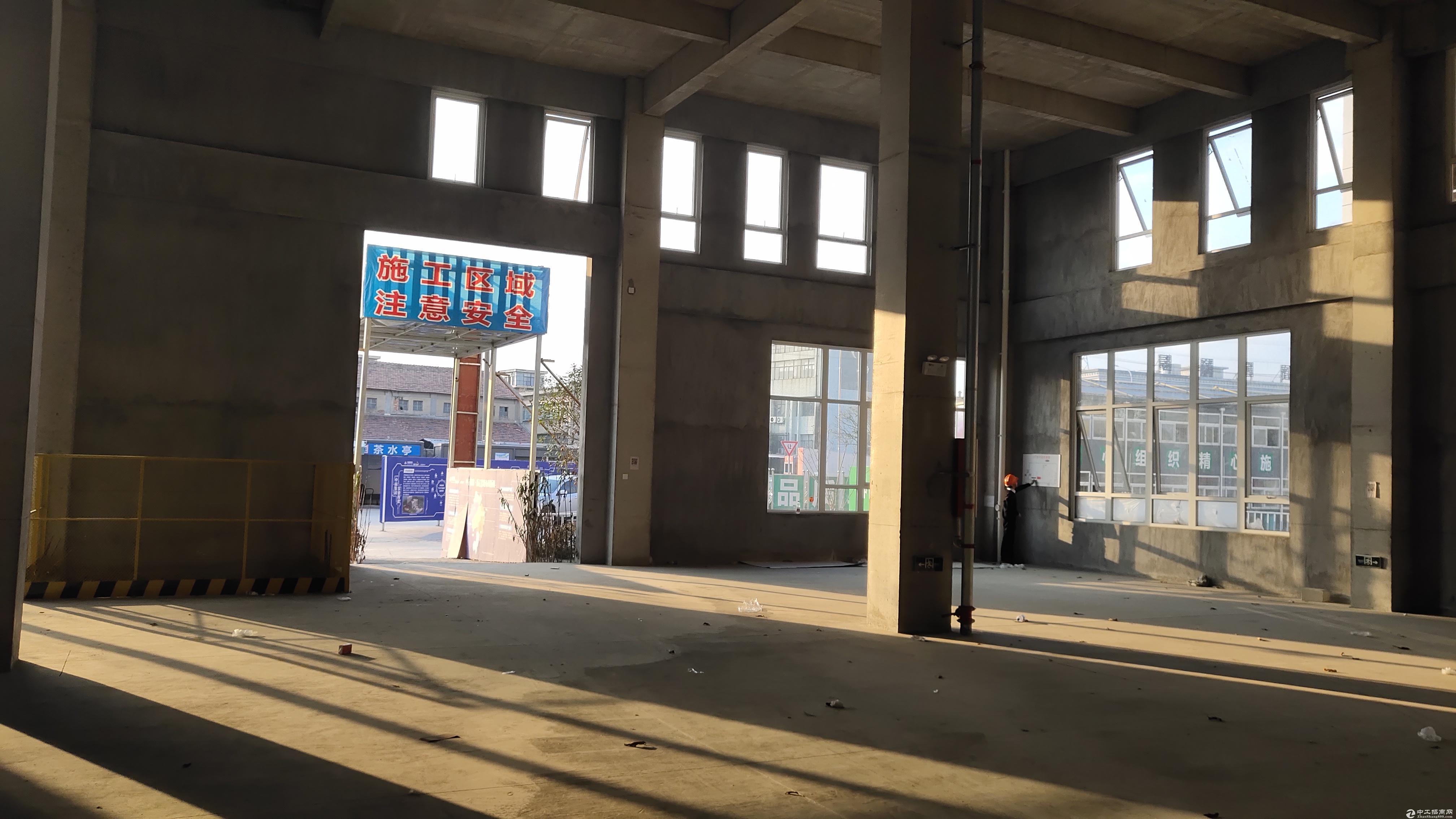宁波镇海厂房2300平米出售|可按揭,50年产权