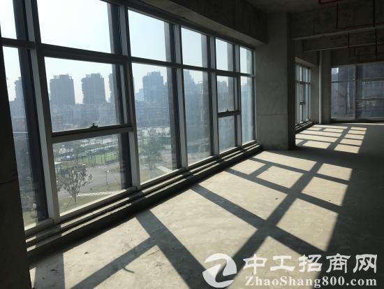 滨江含写字楼、健身中心、配套公寓的综合性园区