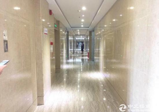 龙华民治地铁D出口嘉熙业广场精装写字楼出租