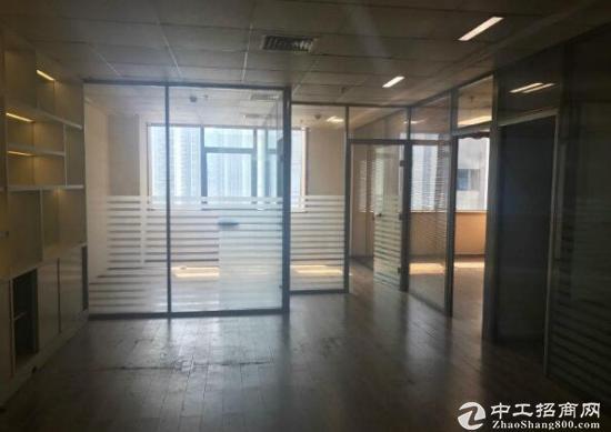 深圳北站《光浩国际中心》出租/精装修有隔间