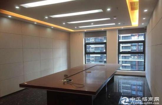 汇海广场龙华区集品质、商业配套、交通一体的总部大楼