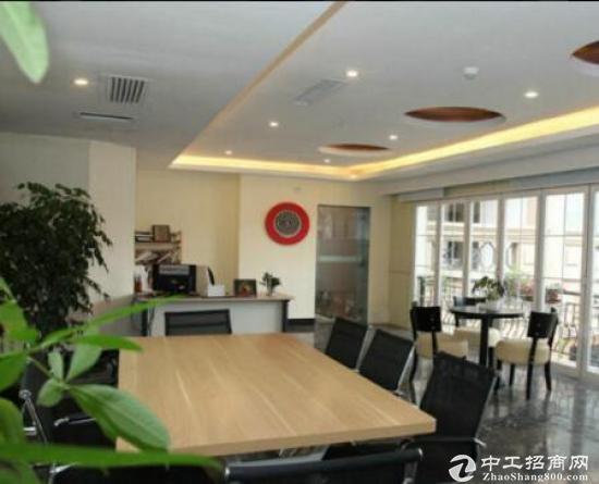 常平国际创新港写字楼出租室内光亮政府补贴