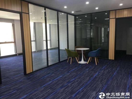 横岗塘坑地铁站旁边新出178平方精装修办公室3+1格局,拎包图片3