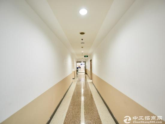 上海市浦东新区张江高科技园区《德宏大厦》精装办公室
