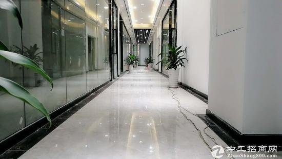 龙华新区自有物业办公室出租94平方图片3