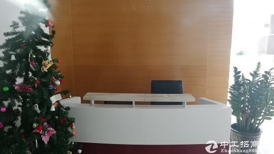 龙岗中心区南联地铁站带电梯精装办公室 68到160平米图片2