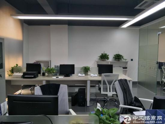 南联地铁口99平精装修户型方正办公室底价直租图片1