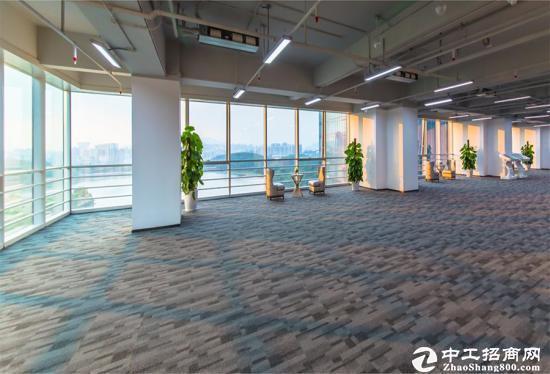 深圳市宝安孵化器五和大道边270-500平办公室出租