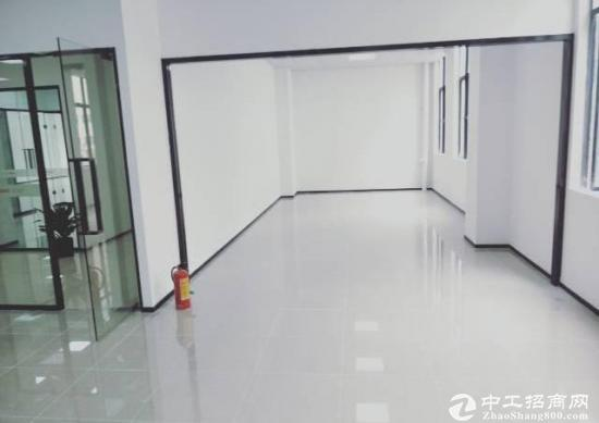 深圳龙华新出的500平带装修带家私带电器办公室 房源编码:2