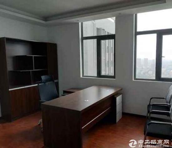 关山光谷云计算高新企业孵化中心155平米