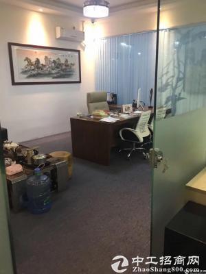 横岗新出标准办公室,价格便宜,面积够大,地铁口