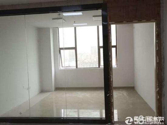 龙华油松商务大厦、精装小户型、112平租62一平