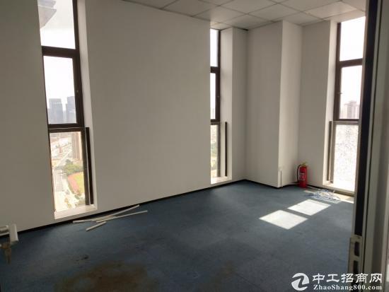 坪地东嘉国际187.7平米精装修