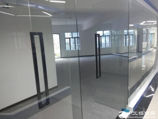 坂田地铁口办公写字楼200平300平500平出租