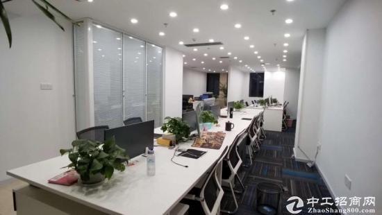 交通便利 舒适环境 豪华办公室