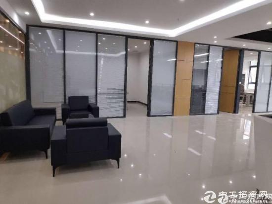 深圳宝安西乡银田精装修写字楼440平