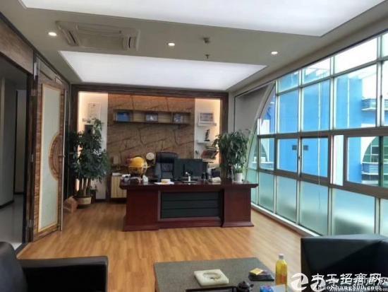 南山科技园地铁站带装修家私186平写字楼出租