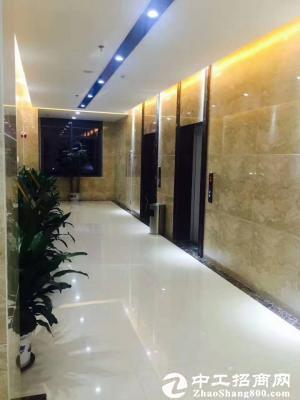 布吉中安大厦318平米中等装修