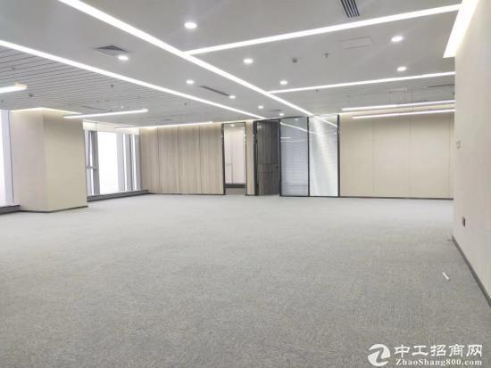 《山河企业大厦》210平精装带家具,拎包入住。商务环境优越图片4