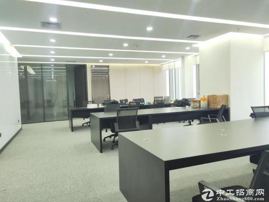 《山河企业大厦》210平精装带家具,拎包入住。商务环境优越图片5
