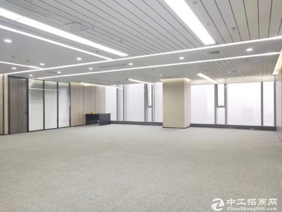 《山河企业大厦》210平精装带家具,拎包入住。商务环境优越图片3