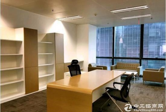 武汉606中心旁《绿地楚峰》500平精装带家具,拎包入住,一线江景