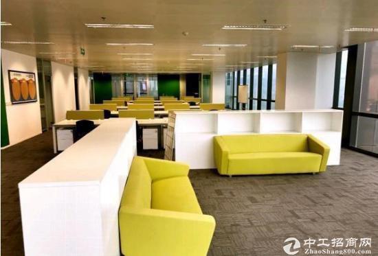 武汉606中心旁《绿地楚峰》500平精装带家具,拎包入住,一线江景图片3