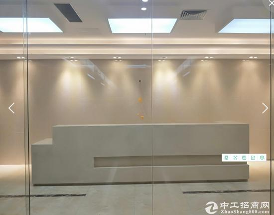 龙胜地铁 双地铁口 豪华装修 采光佳 恒博商务中心