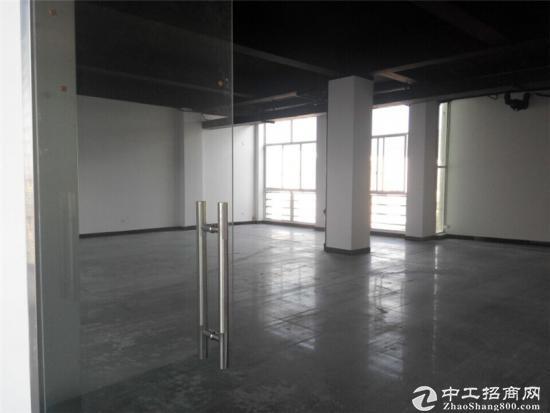 申江路外环边240平方办公室出租租金1.5元图片2