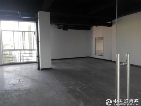 申江路外环边240平方办公室出租租金1.5元图片4