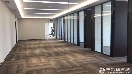 地铁口精装修带家具1100平写字楼出租可分租
