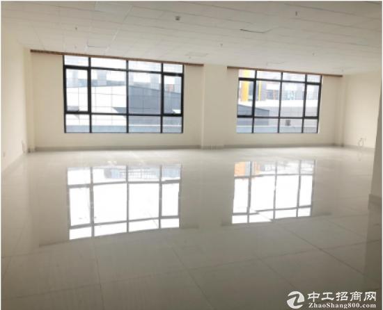 深圳福永地铁站旁车位足,形象好,敞亮,精装修写字楼招商