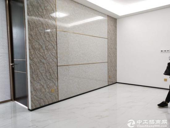 新安地铁站55平米精装修写字楼待出租