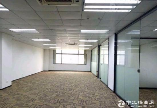 龙华观澜兴万附近 红本精装办公写字楼出租 近地铁口