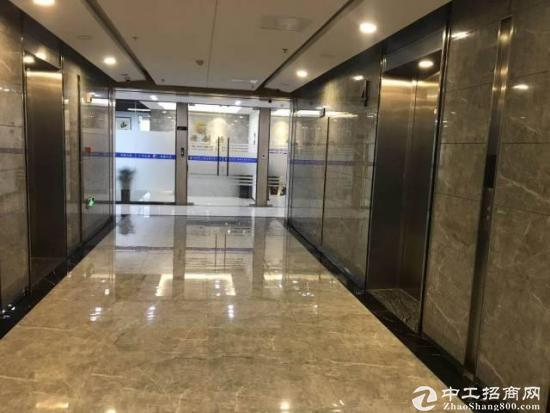 高铁站精装写字楼250平出租,80平起租