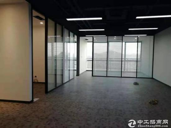 公明天虹精装修办公写字楼50平米起分,水电齐全