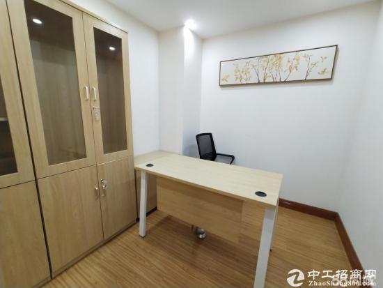 龙华油松89平办公室出租